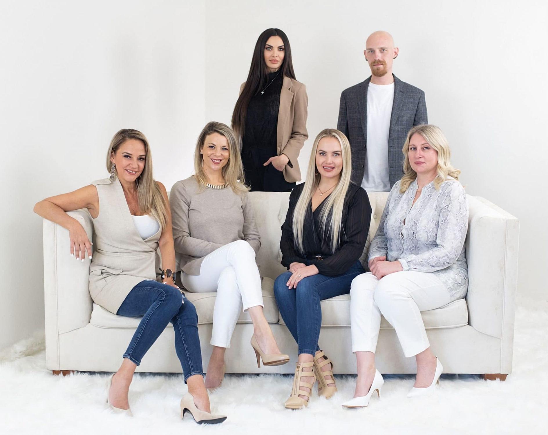 Home decorating and interior design team